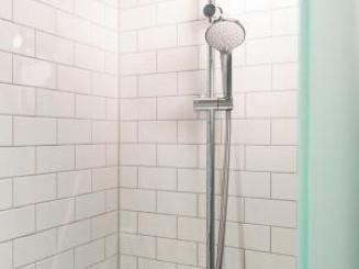 Shower_1.jpg
