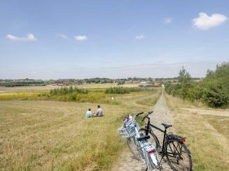 Fietsvakanties_Vlaanderen_West_Vlaanderen_Kortrijk_Preshoekbos-2-1600x1200.jpg