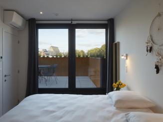 appartement 4 dubbele kamer met terras.jpg