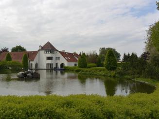 Hof van Eine