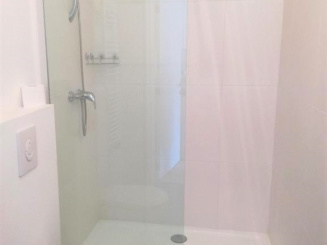 Bright bathroom.jpg