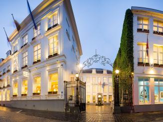 HotelNavarraBrugesExteriorJurgen-de-Witte_20151021_195650medcrop.jpg