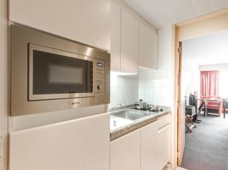Standard room 5 Kitchenette.JPG