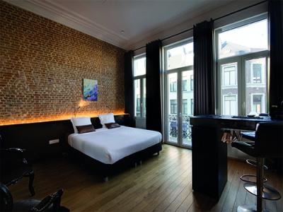 Goodnight Antwerp
