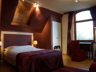 hotelshamonstandardroom (5).JPG