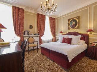 HotelHeritage_037_LR.jpg