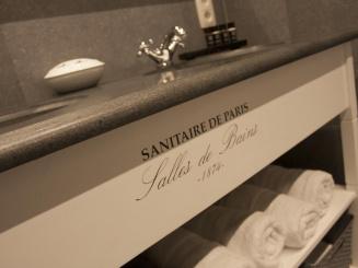 019 Badkamer - lavabo - handdoeken.jpg