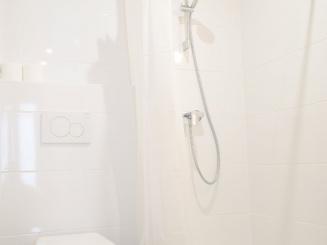 402 (Gelijkaardige kamer badkamer)-1031.JPG