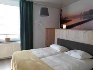 14 VillaEnzo slaapkamer 4lowres.jpg