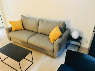 Verdiep 1 salon en sofa.jpg