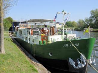 Barge Johanna