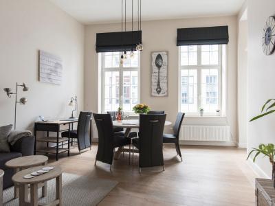Cozy & Bright Apartment