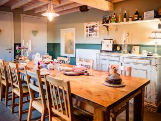 maasland bijdezuster keukentafel.jpg