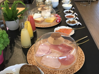 IMG_7361 - akemi b&b ontbijt 2.jpg