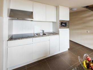 Duplex Superior 5 Kitchen.JPG