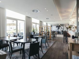 Leopold Hotel Oudenaarde Sitting area.JPG