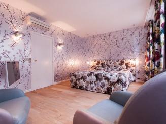 De Witte Lelie - Luxury Suite 5.jpg