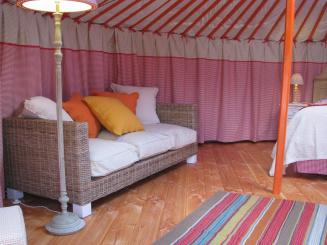 Yurt (5).JPG