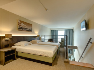 Duplex Superior 2 Bedroom.JPG