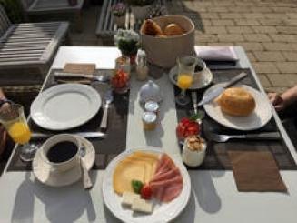 foto ontbijt den bognaerd.jpg