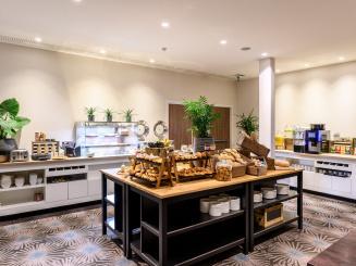 Breakfast Room Buffet at Leopold Hotel Oudenaarde.jpg