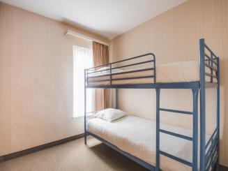 Family Apartment 5 Room 2.JPG