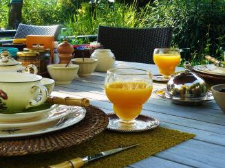7. ontbijt in de tuin.jpg