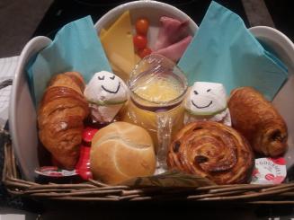 breakfast_0.jpg