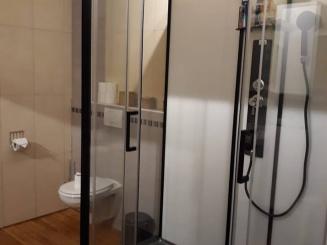 nieuwe badkamer.jpg