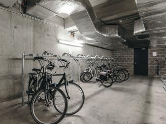 Leopold Hotel Oudenaarde Bike storage_0.JPG