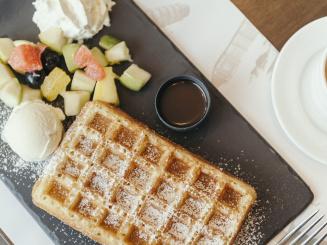 Leopold Hotel Oudenaarde Belgian waffle top view_0.JPG