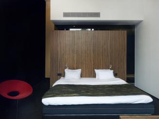 CAR_Carbon-Style-Room.jpg