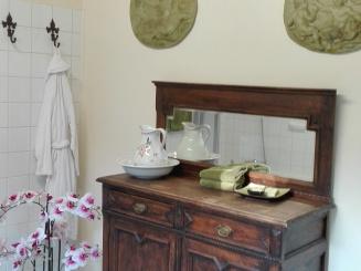 detail badkamer suite.jpg