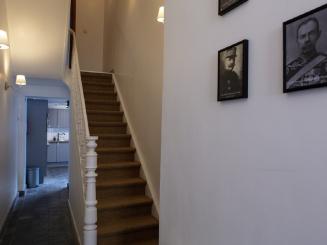 06_Plumer_House_hallway.jpg